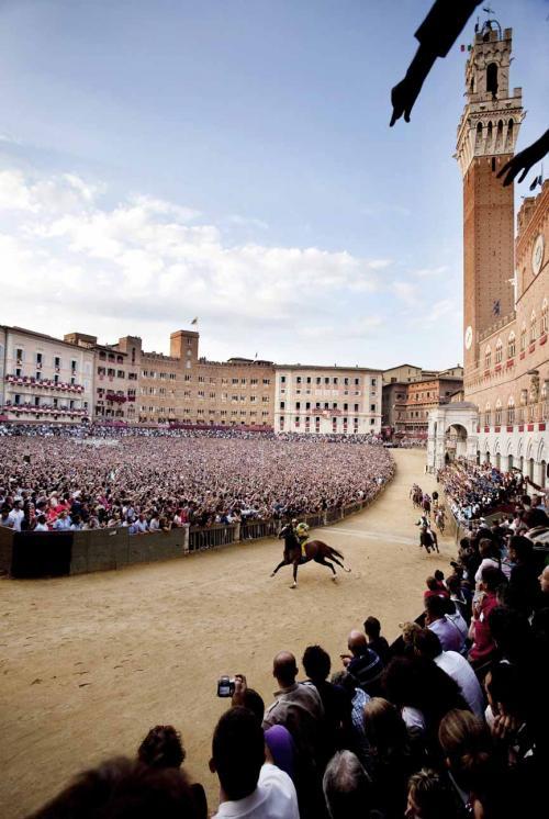 2011-7 Siena Italy a